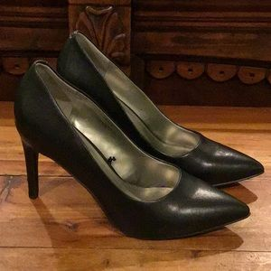 NWT WOMENS WORTHINGTON BLACK HEELS
